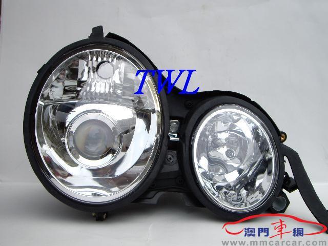 BENZ W210 96~00 E-Class 大灯(D款)